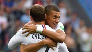 Football et yoga: pourquoi l'Équipe de France devrait s'y mettre ?